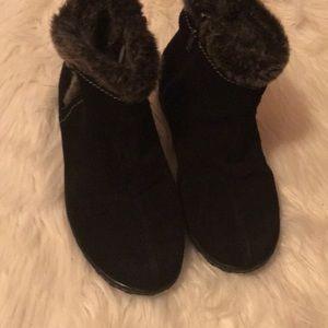 Khombu Leather booties